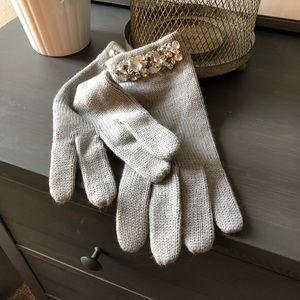 Sunning vintage style 🧤 gloves